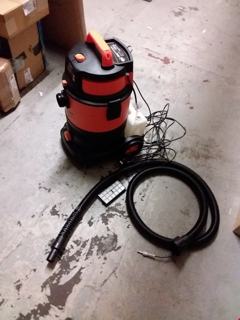 Lot 1138 DJM DIRECT 30L WET & DRY VALETING MACHINE