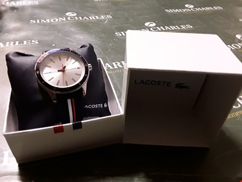 Lot 2042 LACOSTE KEY WEST SILVER SUNRAY & BLUE DETAIL DIAL BLUE, WHITE & RED SILICONE STRAP MENS WATCH RRP £125.00