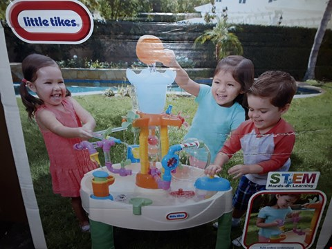 Lot 3568 BOXED GRADE 1 LITTLE TIKES FOUNTAIN FACTORY WATER TABLE RRP £81.99