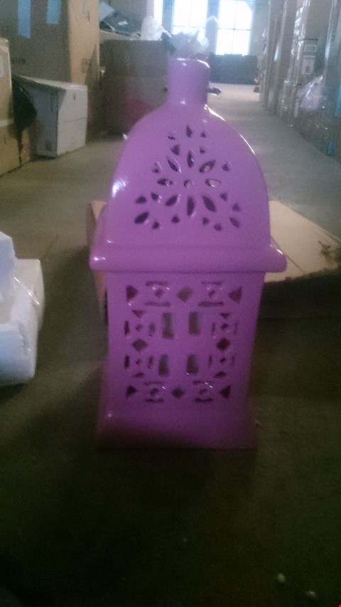 Lot 2310 CREAMIC CUT OUT LANTERN IN PINK