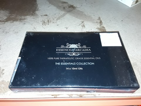 Lot 2082 ESSENCE OF ARCADIA THE ESSENTIALS COLLECTION