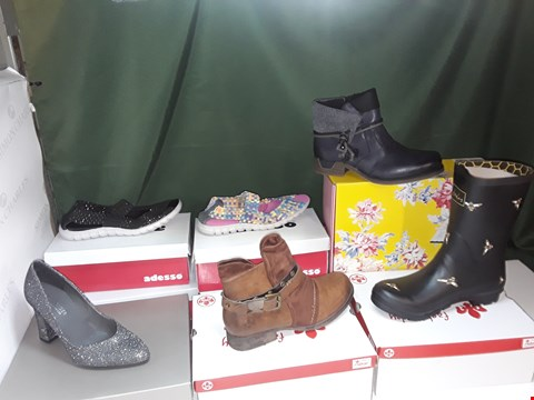 Lot 1089 LOT OF APPROXIMATELY 8 ASSORTED PAIRS OF SHOES TO INCLUDE RIEKER, PETER KAISER, ADESSO