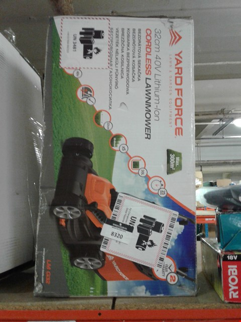 Lot 8320 BOXED YARD FORCE CORDLESS  LAWN AND GARDEN EQUIPMENT 32CM 40V LITJIUM-ION