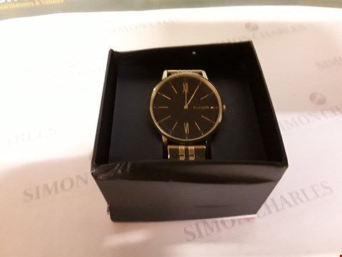 Lot 81 TOMMY HILFIGER BLUE DIAL GOLD STAINLESS STEEL BRACELET MENS WATCH RRP £169.00