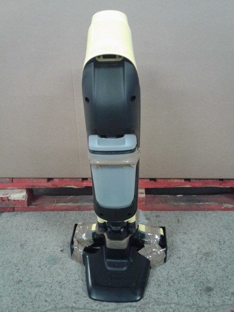 Lot 154 KARCHER FC5 HARDFLOOR CLEANER WITH STAND