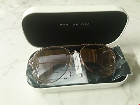 Lot 8547 BRAND NEW MARC JACOBS GOLD TWISTED BROW BAR SUNGLASSES  RRP £220.00