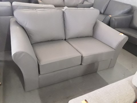 Lot 144 QUALITY BRITISH DESIGNER LIGHT GREY LEATHER TWO SEATER SOFA