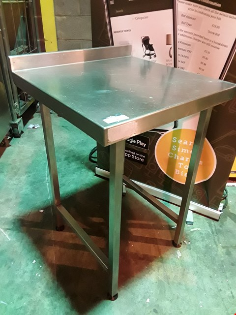 Lot 3128 SQUARE METAL WORK TABLE WITH RAISED LIP