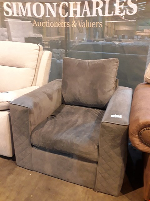 Lot 9051 DESIGNER GREY FABRIC EASY CHAIR WITH QUILTED ARMS