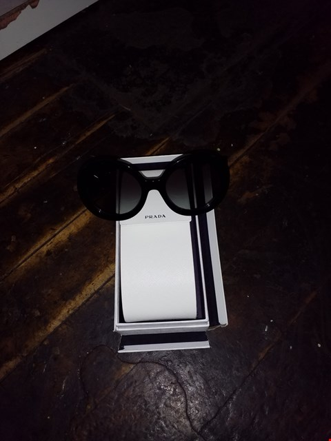 Lot 3024 GRADE 1 BOXED PRADA BLACK MINIMAL BROQUE SUNGLASSES  RRP £275.00