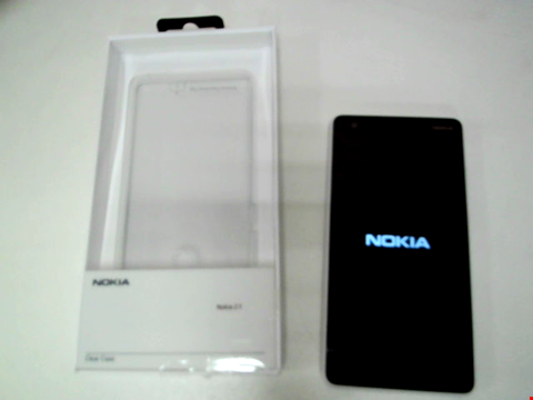 Lot 20 NOKIA 2.1 GREY/SILVER WITH CASE