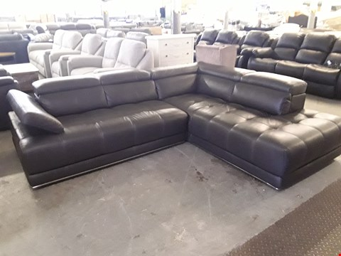 Lot 72 QUALITY ITALIAN DESIGNER ANTHRACITE LEATHER CORNER CHAISE SOFA WITH ADJUSTABLE HEADRESTS