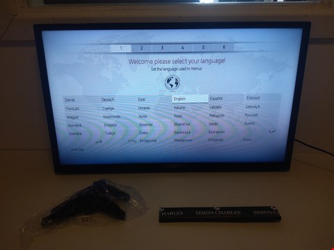 "Lot 121 LUXOR 32"" SMART HD READY LED TELEVISION RRP £179.99"