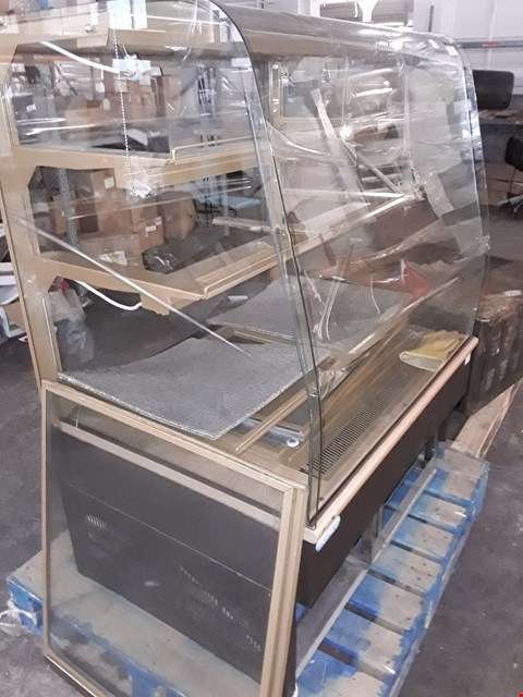 Lot 1 TRIMCO REFRIGERATED CURVED GLASS DISPLAY CABINET