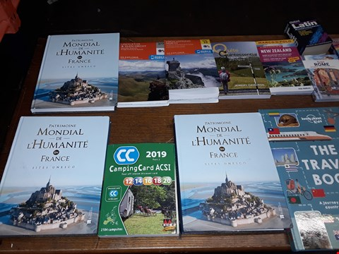 Lot 3 LOT OF APPROXIMATELY 16 ASSORTED BOOKS & MAPS TO INCLUDE THE TRAVEL BOOK, GLACIATED LANDSCAPES AND WESTERN USA ECT