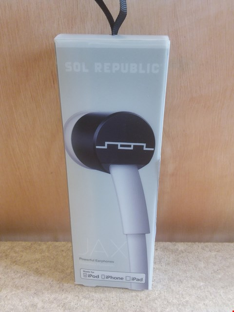 Lot 636 A BRAND NEW BOXED SOL REPUBLIC JAX POWERFUL EARPHONES