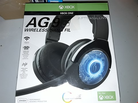 Lot 811 XBOX WIRELESS HEADSET AG9