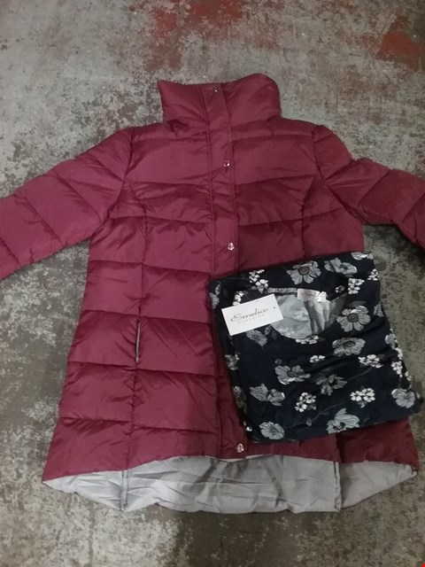 Lot 752 LOT OF APPROXIMATELY 15 ASSORTED CLOTHING ITEMS TO INCLUDE JACKETS , VELVET TOUCH DRESSES ETC