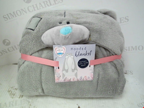 Lot 10048 ME TO YOU HOODED BLANKET RRP £29.00