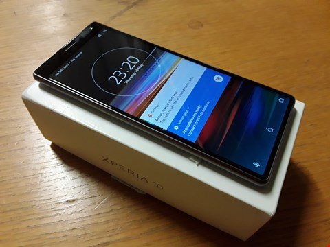 Lot 4006 BOXED SONY XPERIA 10 ANDROID SMARTPHONE