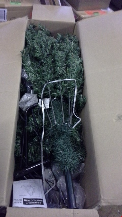 Lot 266 CALGARY PRE LIT 6FT GREEN CHRISTMAS TREE  RRP £150.00