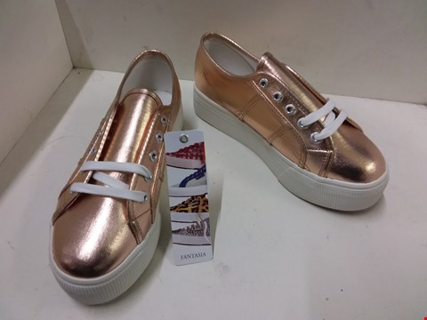 Lot 9004 BOXED SUPERGA FANTASIA COTMET TRAINERS - ROSE GOLD SIZE 5