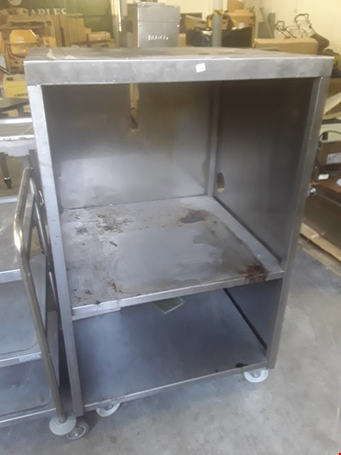 Lot 24 COMMERCIAL TWO SHELF OVEN HOUSING ON WHEELS