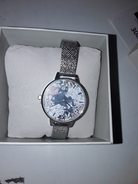 Lot 3067 OLIVIA BURTON UNDER THE SEA FLORAL PEARL WATCH  RRP £119.00