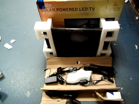 Lot 11639 CELLO C22277T2S1 22″ INCH BATTERY OPERATED & SOLAR LED TV