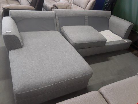 Lot 5 QUALITY BRITISH DESIGNER GREY FABRIC CHAISE SOFA BED WITH STORAGE CHAISE