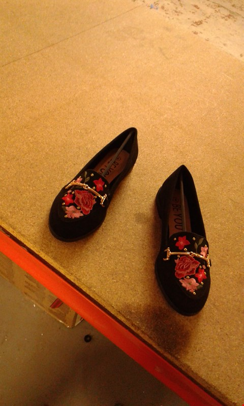 Lot 66 BOX OF APPROXIMATELY 15 PAIRS OF BLACK/FLOWERY STYLE SUEDE DOLLY SHOES