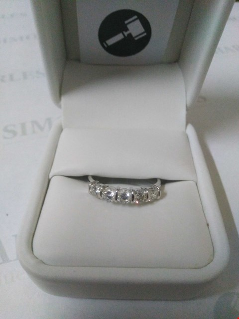 Lot 46 18CT WHITE GOLD FIVE STONE HALF ETERNITY RING SET WITH DIAMONDS WEIGHING +1.06CT RRP £2865.00