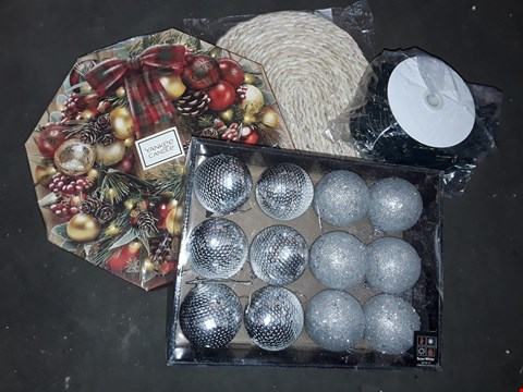 Lot 2584 BOX OF ASSORTED ITEMS TO INCLUDE CHRISTMAS LIGHTS, BAUBLES, YANKEE CANDLE ADVENT CALENDER