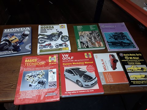 Lot 151 LOT OF APPROXIMATELY 8 ASSORTED BOOKS TO INCLUDE HONDA CONQUERORS OF THE TRACK, VW GOLF OWNERS WORKSHOP MANUAL AND MOTORCYCLES BASIC TECHBOOK ECT