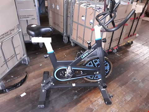 Lot 6176 LEAN CYCLE TRAINER WITH SPRING MOTION