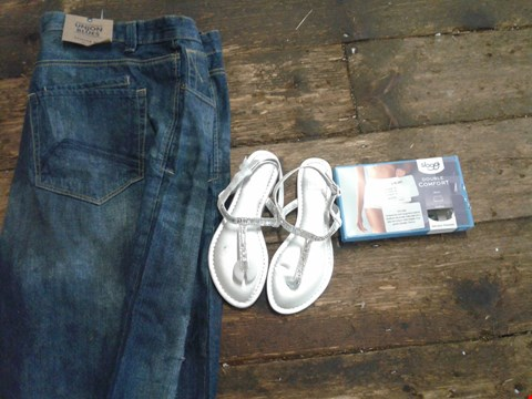 Lot 217 BOT OF APPROXIMATELY 20 CLOTHING AND SHOES AND ACCESSORIES TO INCLUDE SILVER FLATS, DENIM JEANS AND DOUBLE COMFORT COTTON UNDERWEAR - VARIOUS SIZES