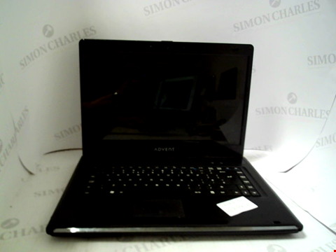 Lot 697 ADVENT ROMA 1001 LAPTOP