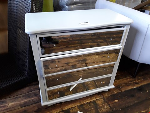 Lot 5001 DESIGNER 4-DRAWER CHEST WITH MIRRORED FRONTS