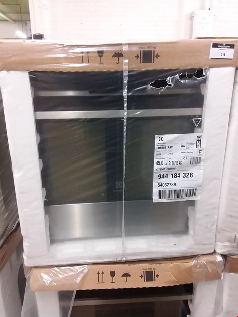 Lot 12 ELECTROLUX TOUCH CONTROL MULTIFUNCTION STAINLESS STEEL OVEN EOB8851AAX RRP £750