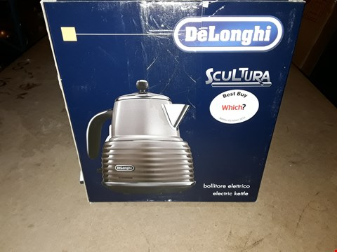 Lot 350 DELONGHI SCULTURA KETTLE