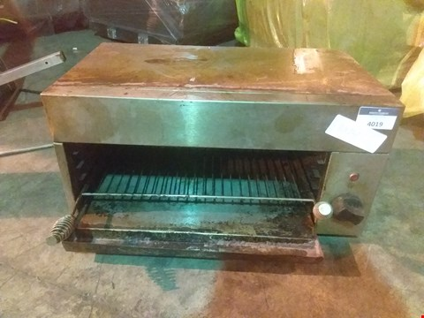 Lot 4019 STAINLESS STEEL TOASTER