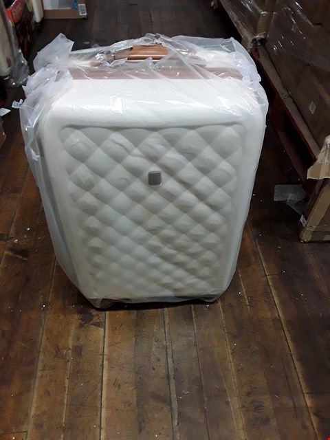 Lot 1715 BRAND NEW FASHIONISTA 8 WHEEL HARD SHELL SINGLE EXPANDER  TROLLEY MEDIUM CASE IN CREAM RRP £74.99