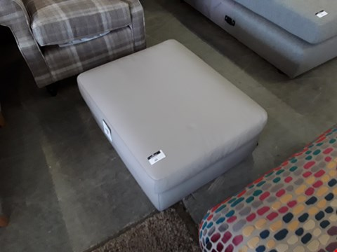 Lot 60 QUALITY BRITISH DESIGNER GREY LEATHER RECTANGULAR FOOTSTOOL