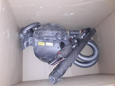 Lot 3672 DYSON CINETIC BIG BALL VACUUM CLEANER