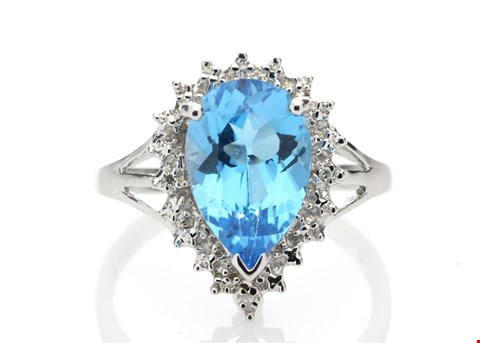 Lot 7 9ct WHITE GOLD DIAMOND (0.01ct) AND BLUE TOPAZ RING (3.23ct) RRP £1199