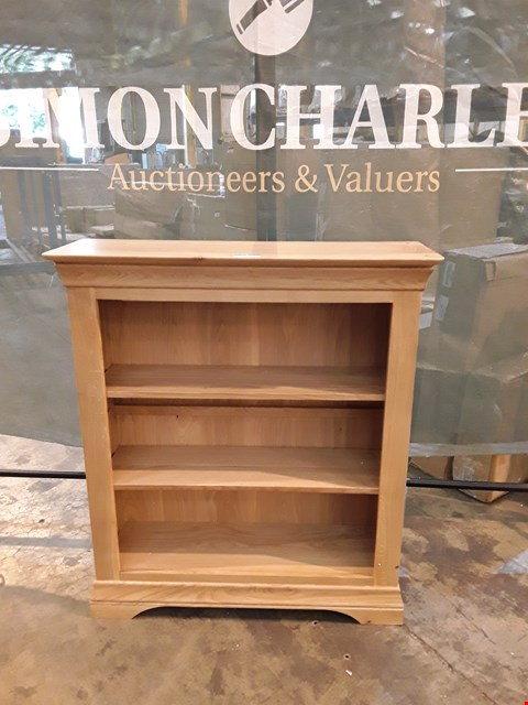 Lot 7004 GRADE 1 CONSTANCE FURNITURE OAK BOOK SHELVES
