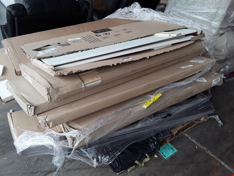 Lot 6391 PALLET OF ASSORTED FURNITURE PARTS TO INCLUDE RATTAN EFFECT OUTDOOR SEATING PARTS, SERENITY CRUSHED SILVER BED FRAME 2OF2 AND WHITE 3-DOOR WARDROBE PARTS