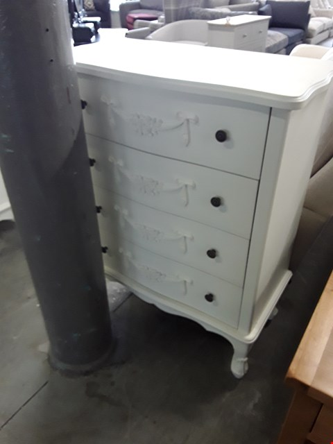 Lot 41 DESIGNER WHITE FINISH ORNATE STYLE 4 DRAWER CHEST