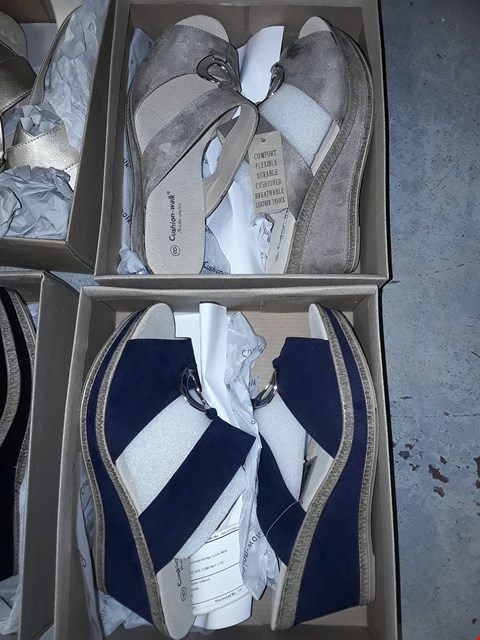 Lot 364 LOT OF 4 ASSORTED BOXED FOOTWEAR FROM CUSHION-WALK