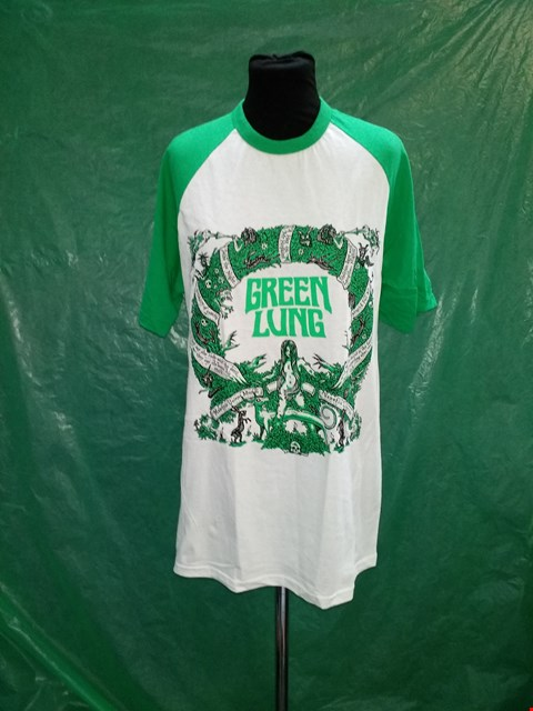 Lot 4122 FRUIT OF THE LOOM GREEN/WHITE GREEN LUNG DESIGN T-SHIRT - SIZE LARGE